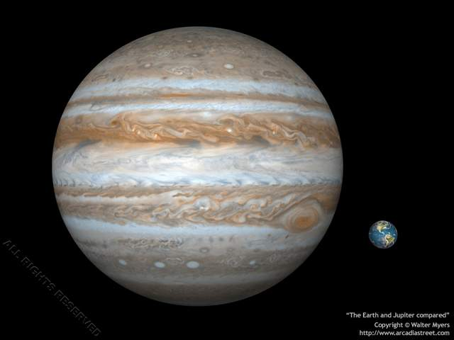 1-jupiter  earth compared 1024